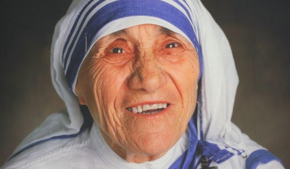 parancsolata - Egy csodálatos asszony csodálatos gondolatai: Teréz Anya 8 parancsolata neked is erőt ad!