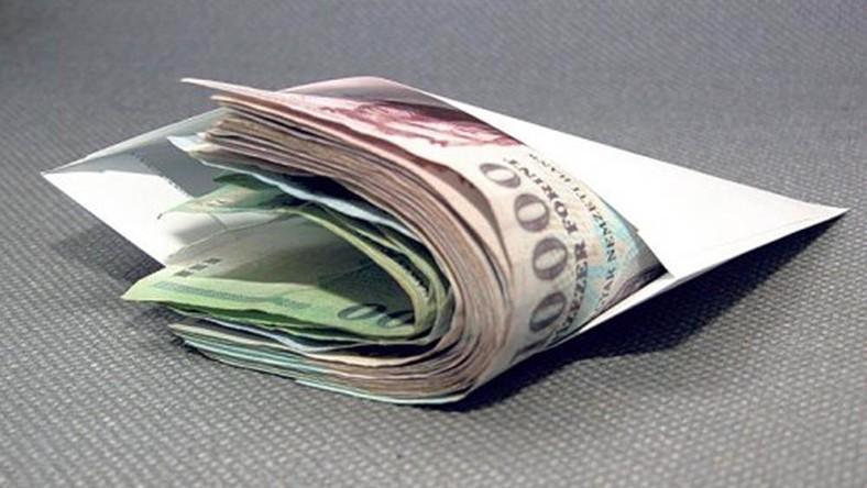 pénz boríték - Angyali üzeneted vasárnapra: Nem várt anyagi segítség köszönt most rád!