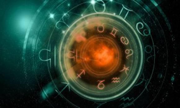 mindenre - Napi horoszkóp július 20. péntek – A hét utolsó napján fény derül mindenre!
