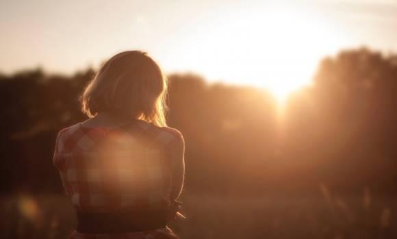 pszichológus - Egy pszichológus elmondja, honnan veheted észre, hogy valaki nem szeret téged